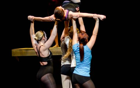 Students performed a choreographed jazz routine during a rehearsal for Dancescape.  Lindsay Miller/Winonan
