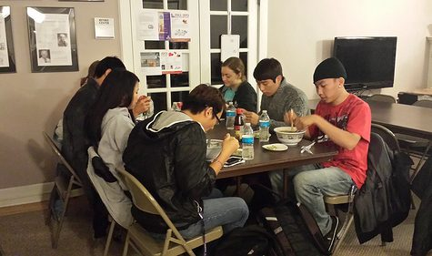 Winona State University students try the Vietnamese dish pho at the Alumni House. ABBY DERKSON