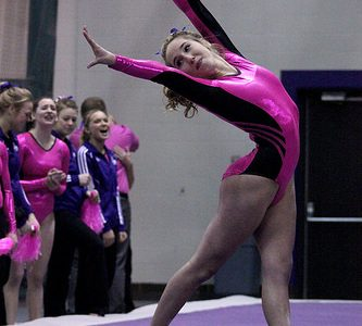 Warrior Joanna Reale competes in the Wisconsin-Oshkosh meet, where Winona State swept all four events. KYLIE BRIDENHAGEN