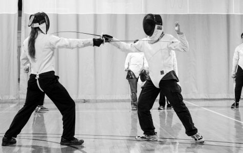Fencing club welcomes students