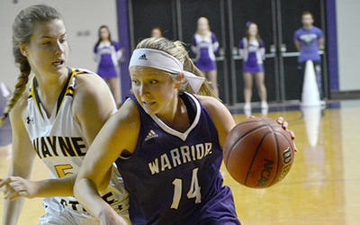 Warriors women sweep pair of weekend matchups
