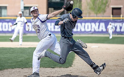 Warrior baseball drops Thursday games, claims 21-9 win during weekend matchups