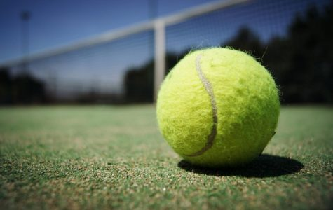 Tennis misses chance at conference match