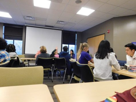 Faculty, staff improve student advising