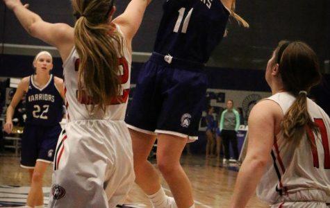 Women's basketball ends winning streak