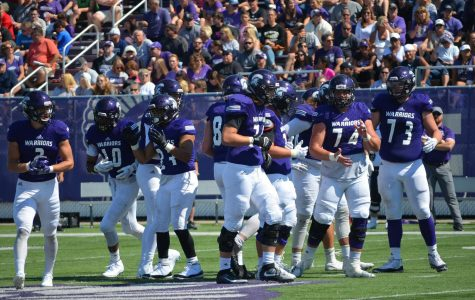 Football edges out Sioux Falls, 16-15