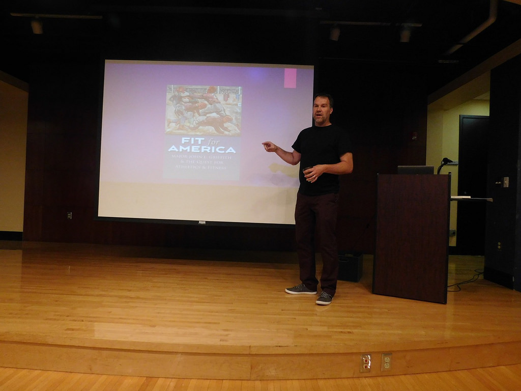 Dr. Matthew Lindaman gave a presentation on his book, Fit for America, on Tuesday, October 16th at 6pm in the Student Activities Center. His book focuses on John L. Griffith and his achievements in collegiate athletics during the World Wars.