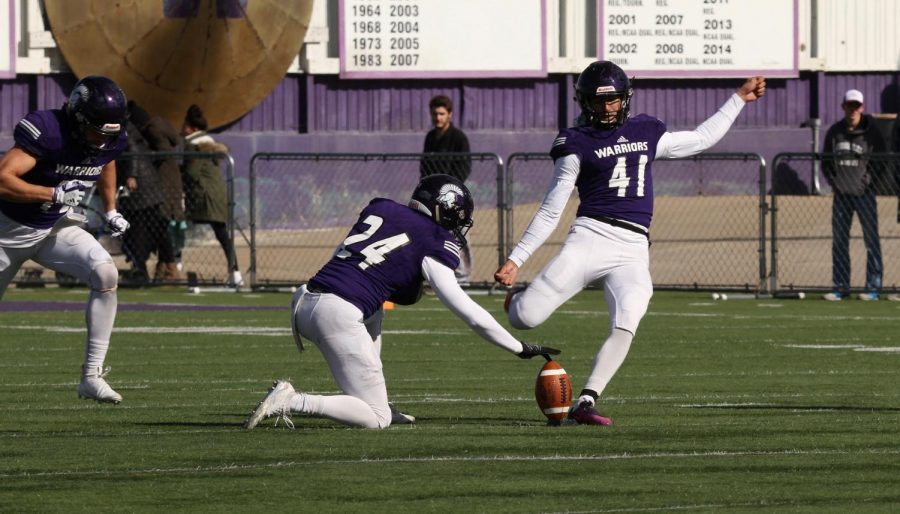 Winona+State+kicker+Paul+Ortiz+set+for+the+opening+kickoff+against+the+University+of+Minnesota+Duluth+on+Saturday%2C+October+20+at+Altra+Credit+Federal+Union+Stadium.