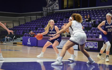 Women's basketball increases record to 10-8