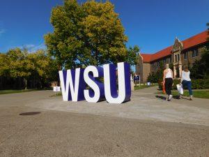 Alumni donates new campus letters