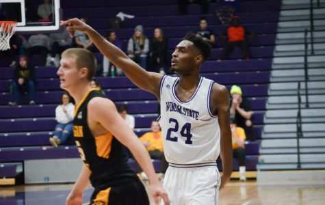 Taylor seals win for Warriors over Michigan Tech