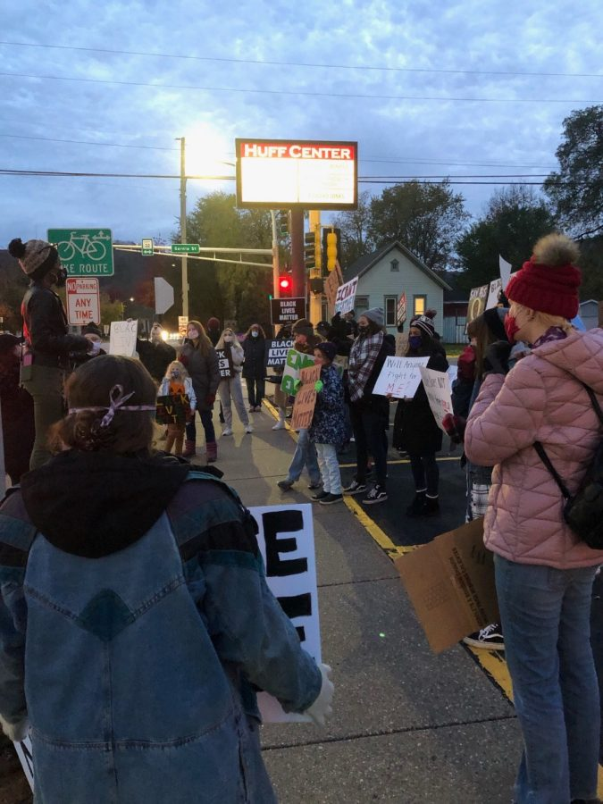 Winona+State+University+students+led+a+Black+Lives+Matter+protest+on+Oct.+21.+The+protest+included+a+22-block+walk%2C+and+was+organized+by+student+Lamaree+Whitson.