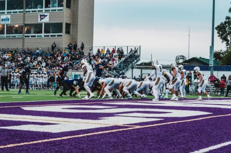 Winona State University Warriors football defeated Concordia University-St. Paul Golden Bears, 47-6, in a comeback to college football, on Thursday, Sept. 02 at Altra Credit Federal Union Stadium.
