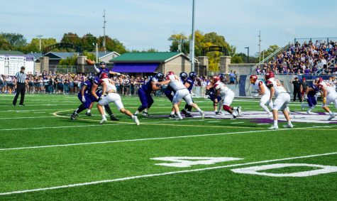 Winona State University duked it out against Southwest Minnesota State University in the Battle of the Sledge this past weekend on Oct.  16, pulling away with the win. Defending their 'Sledge' , the Warriors ended the game up 26-14, making their season 4-3. Next weekend, the Warriors will strive to make their record 5-3 against the University of Sioux Falls.